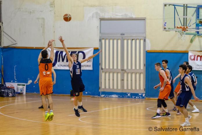 Gabriele Mondello al tiro in Amatori Messina - Cus Ct - photo Salvatore Garreffa