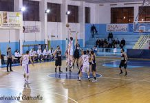 Palla a due Castanea - Amatori Basket Messina - photo Garreffa