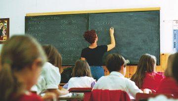 """""""Maltrattamenti"""", arrestata una insegnante nel Nisseno"""