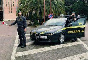 Palermo, due quintali di hashish spediti per Posta