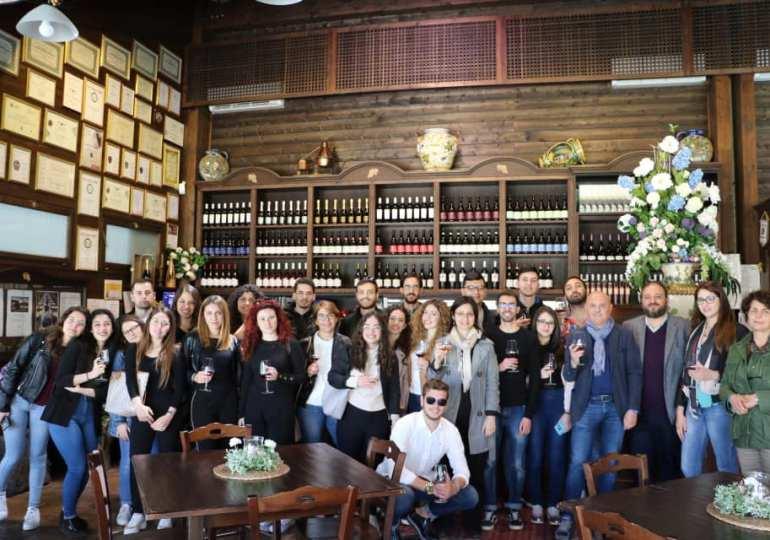 Internazionalizzazione delle imprese e lingue straniere. Studenti del Dipartimento di Economia in visita alle Cantine Nicosia
