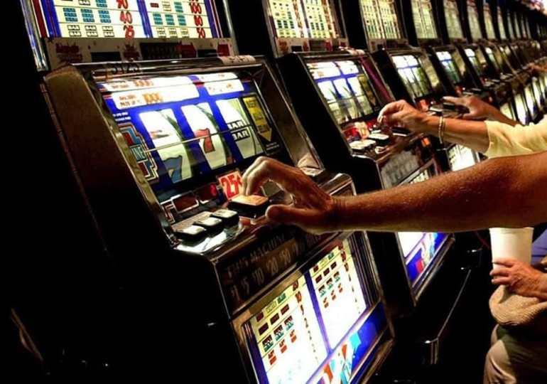 Volevi solo soldi, soldi. A Catania si spende quasi un miliardo di euro all'anno in gioco d'azzardo