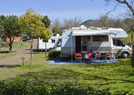 Camperisti sull'Etna: al Mons Gibel Camping Park, professionalità, natura e relax