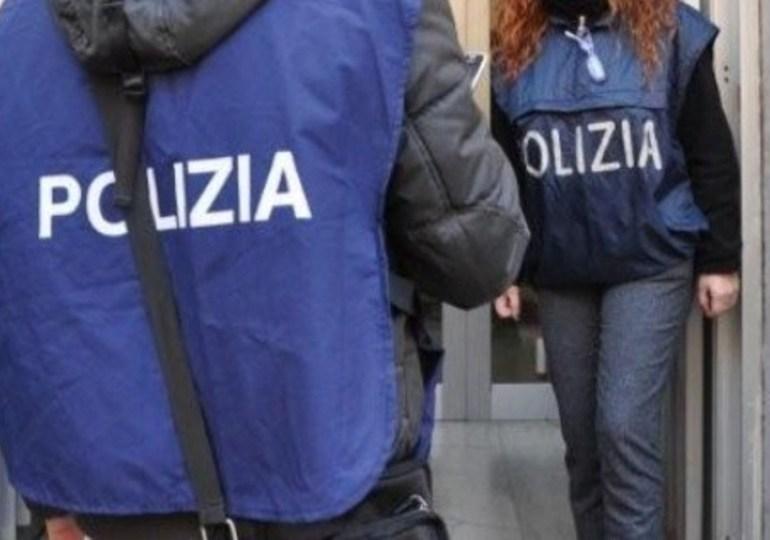 Falsi permessi soggiorno: tre arresti al Comune di Catania