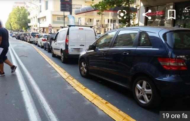 Con la corsia centrale per il BRT più traffico e inquinamento