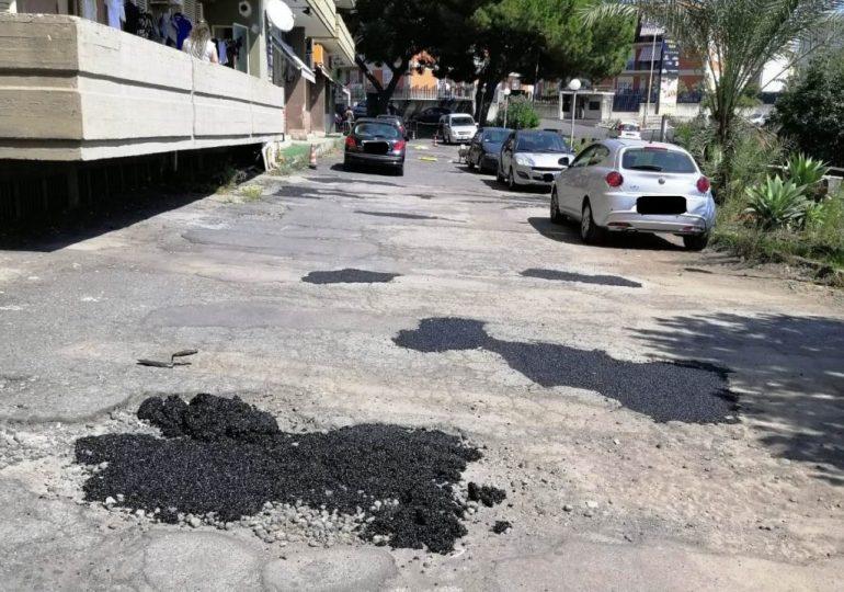 San Giovanni Galermo, ripristinare le buche in via Badia: senso civico e responsabilità amministrativa