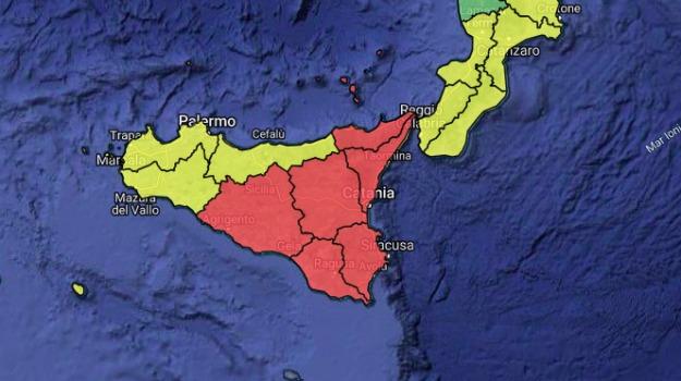 Allerta meteo rossa: continua l'allarme anche a Catania