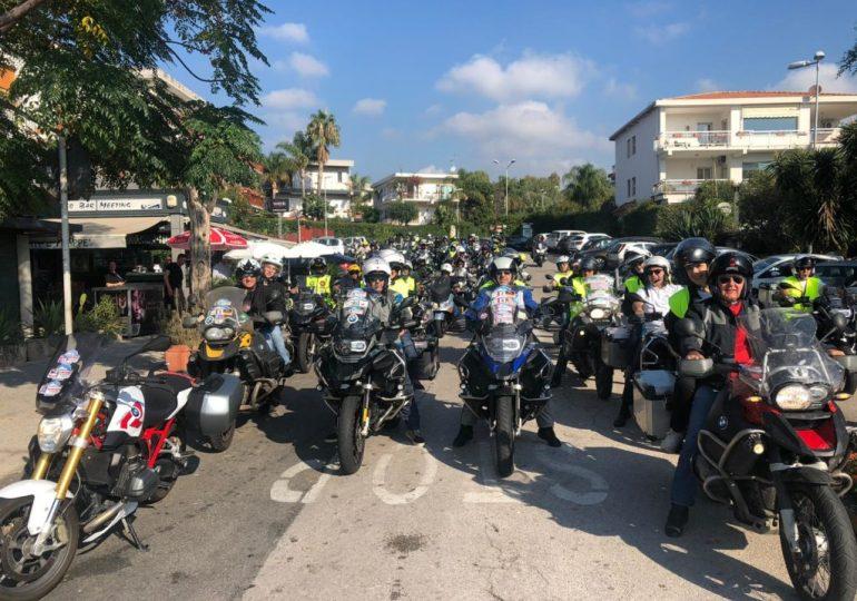 Moto, natura e solidarietà: edizione da grandi numeri per il Meeting di Sicilia BMW Motorrad