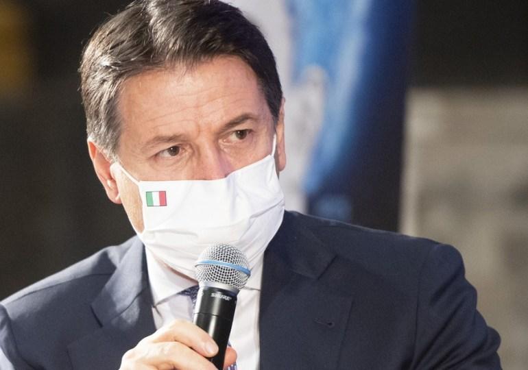 """Covid-19, Giuseppe Conte: """"la curva dei contagi impone nuove misure"""""""