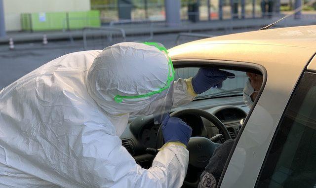 """Coronavirus: in Sicilia altri 457 casi nei """"drive-in"""""""
