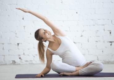 Yoga in gravidanza: ecco perchéfa bene a te e al tuo bambino