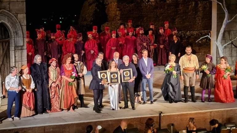 """Notte di stelle a Taormina, premiati con il """"Bellini d'oro"""" Placido Domingo, Leo Nucci e Caterina Andò"""
