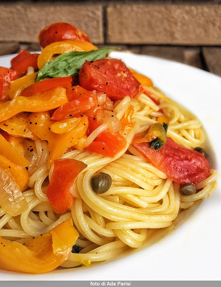 Spaghetti with Sicilian peppers