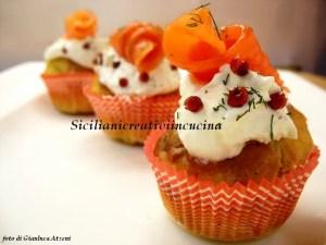Muffins mit geräuchertem Lachs