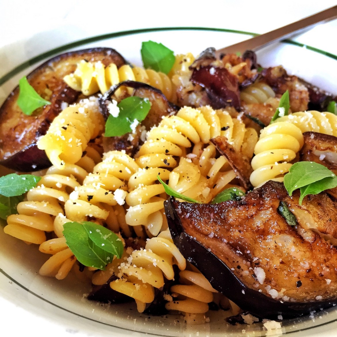 Pasta with eggplant in white