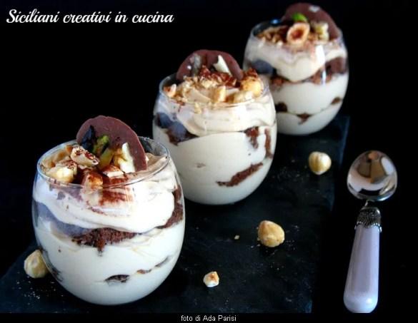 Crema di mascarpone al caffè, nocciole e cioccolato