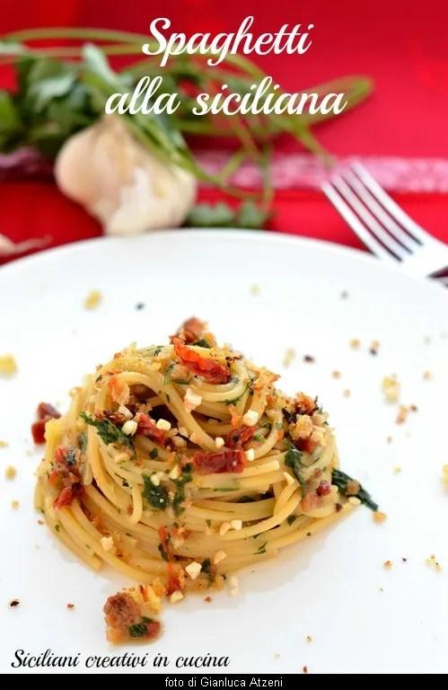 Spaghetti alla siciliana: ready in 5 minutes, with all South scent. easy Recipe.