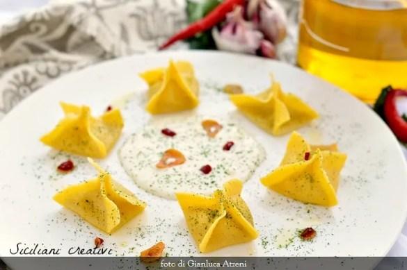 I ravioli aglio, olio e peperoncino: rivisitazione gourmet di un grande classico italiano