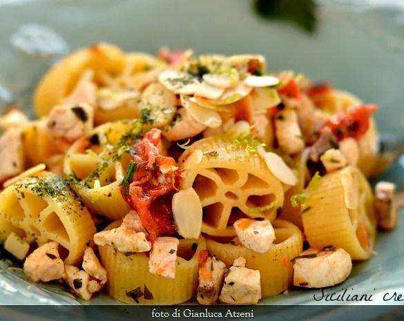 Ruote al ragù di pesce spada in bianco: ricetta siciliana pronta in 10 minuti
