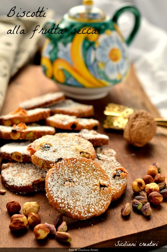Biscuits with nuts