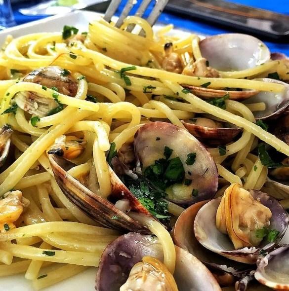 Spaghetti con le vongole, ricetta originale