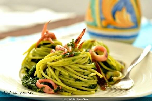 Spaghetti con cime di rapa e calamari
