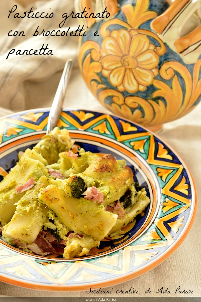 Pastry with broccoli cream, bacon and béchamel sauce