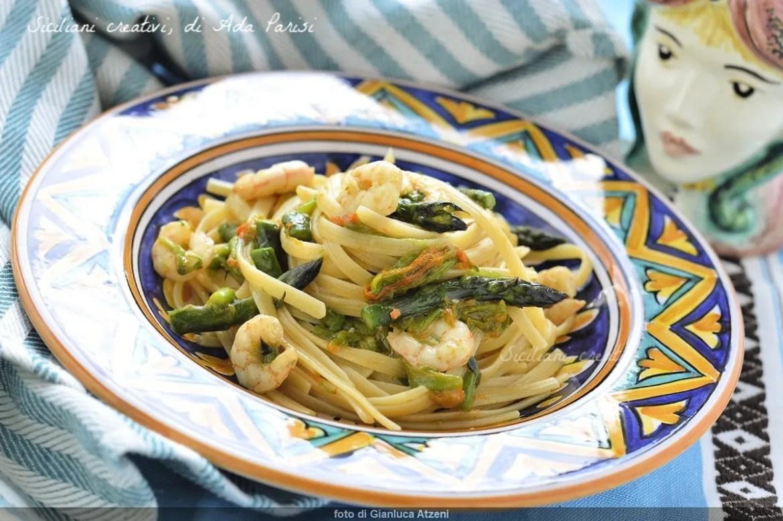 Espárragos y gambas de la linguina, Receta fácil y deliciosa