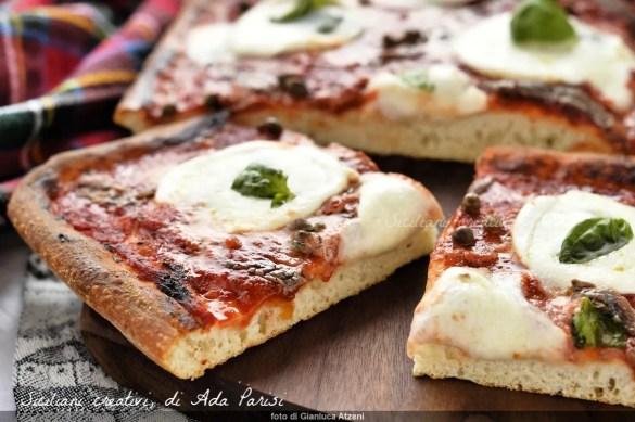 Pizza in teglia fatta in casa: la ricetta perfetta
