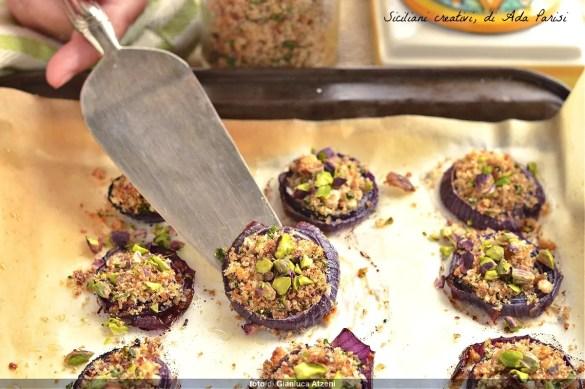 Cipolle gratinate al pistacchio