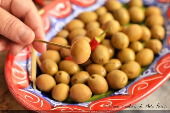 Olive in salamoia alla siciliana