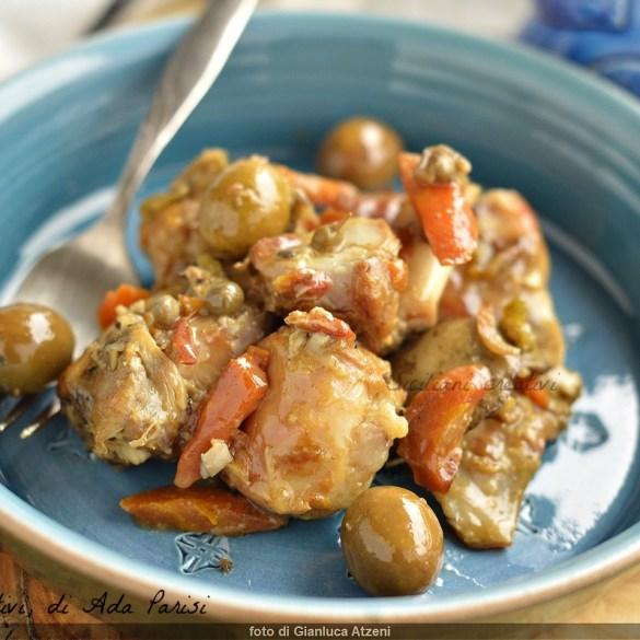 Coniglio alla sarda (a succhittu), stufato con olive
