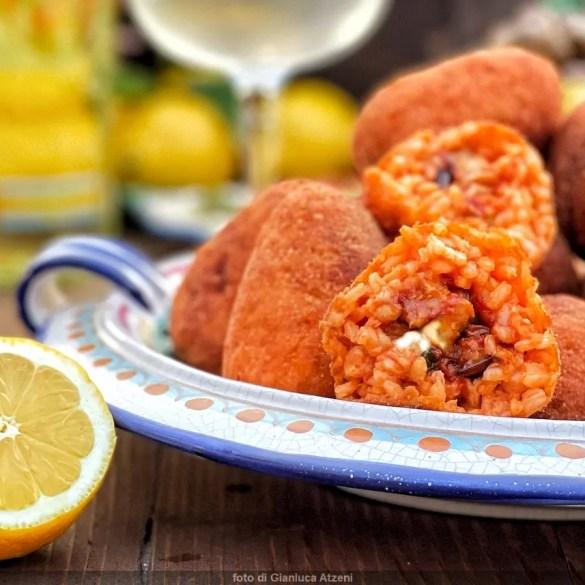 Arancini siciliani di riso alla Norma