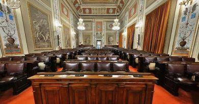 Scandalo all'ARS, aumentato stipendio portavoce Musumeci: oltre 100.000 euro l'anno