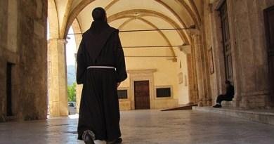 #Catania. Rubano il portafogli a un missionario cappuccino, arrestati due 60enni
