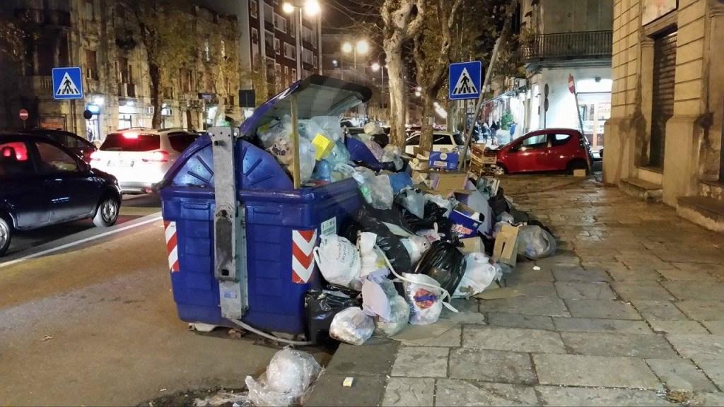 #Vistidall'albero. Rifiuti a Messina e rivoluzione