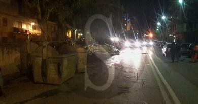 #Messina. Montagne di rifiuti in città: a Gravitelli cassonetti in mezzo alla strada