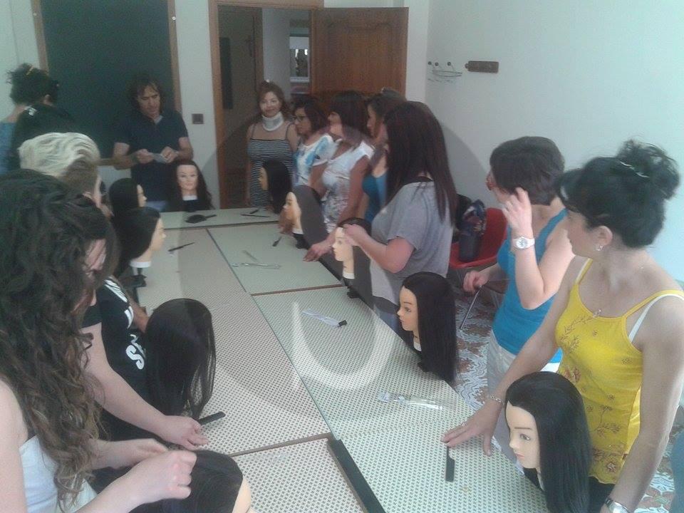 #Barcellona. Associazione Forte, open day del corso parrucchieri