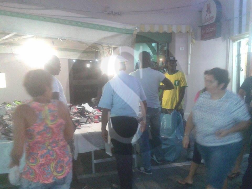 #Barcellona. Blitz contro gli ambulanti alla festa di San Rocco