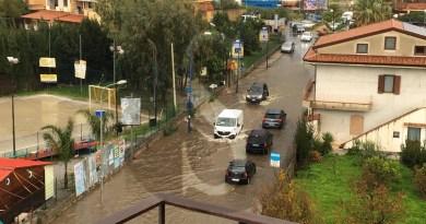 #Barcellona.  Poche ore di pioggia per trasformare le strade in piscine