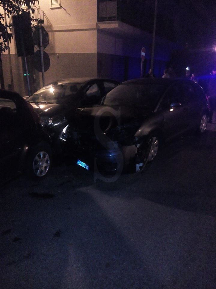 #Milazzo. Schianto nella notte tra due auto in via XX Settembre, 4 feriti
