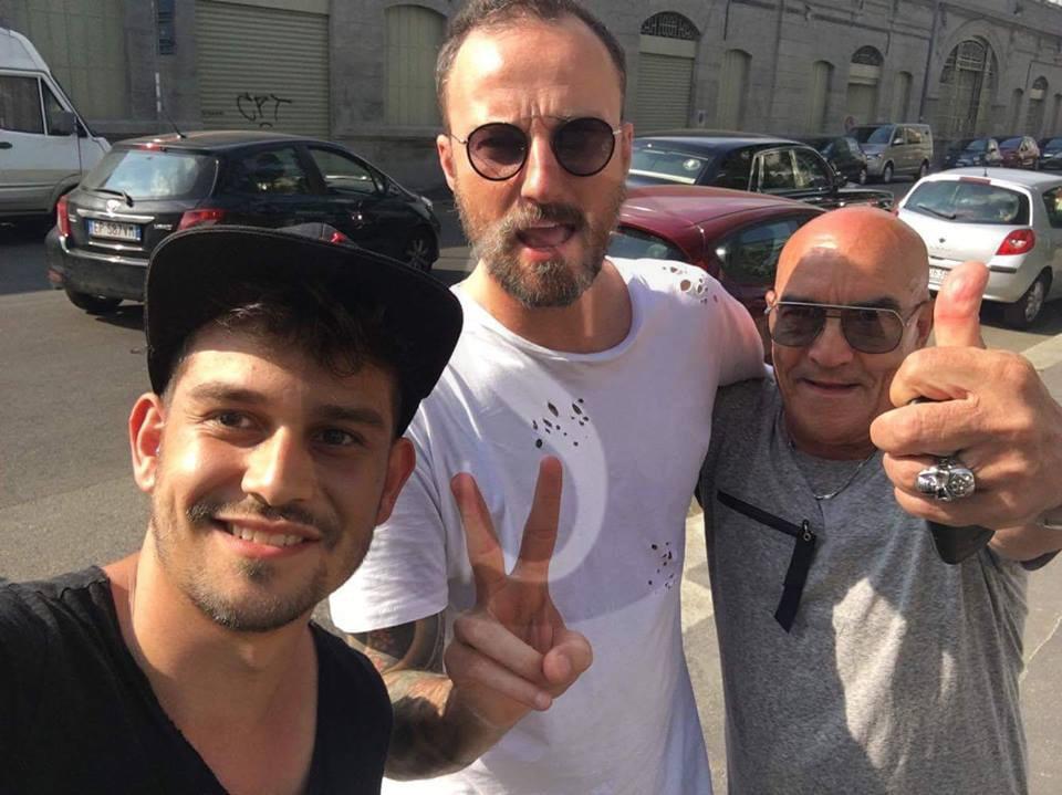 #Spettacolo. Nonnino di Barcellona diventa una star del web e spopola con i propri video
