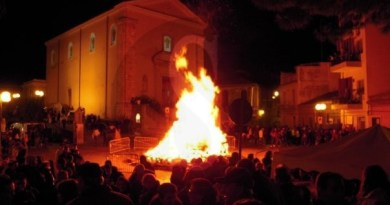 Eventi in Sicilia. Villafranca Tirrena,Carromatto e Bamparizzo aprono le manifestazioni del Natale 2017