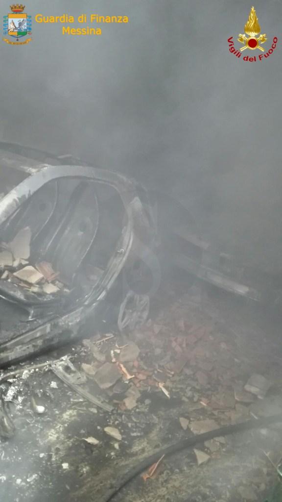 Cronaca. Messina, Guardia di Finanza e Vigili del Fuoco salvano abitanti di una palazzina in fiamme