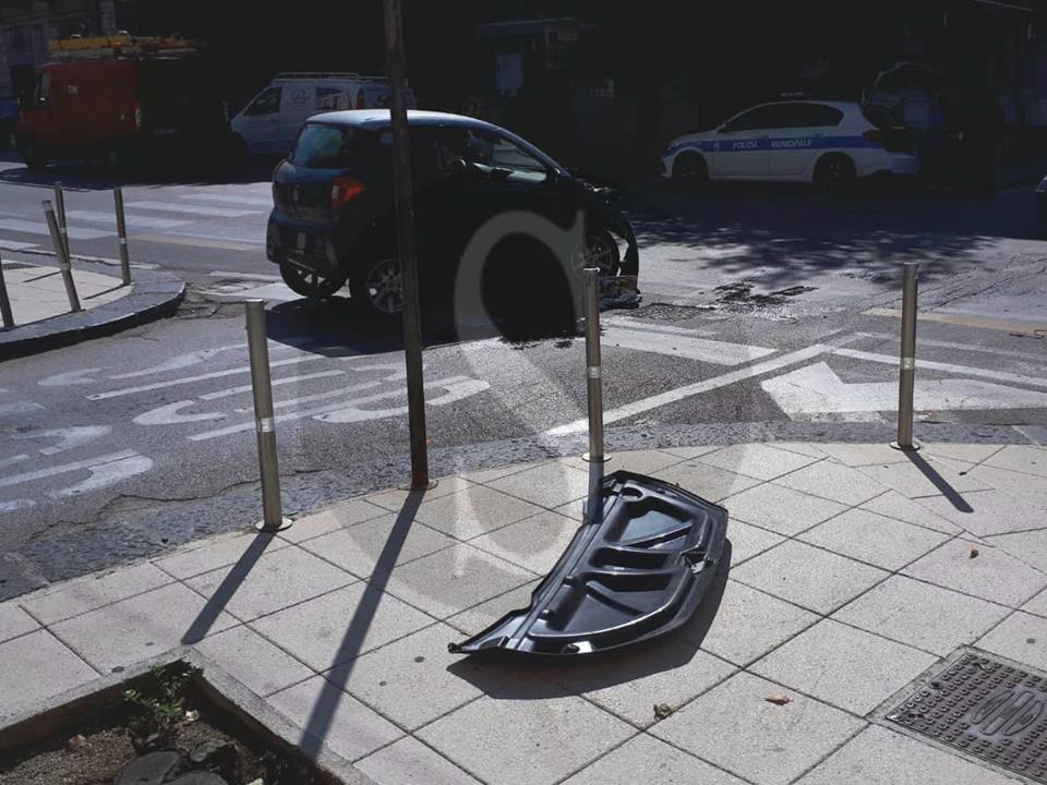 Cronaca. Incidente a Messina: minicar si schianta contro bus ATM