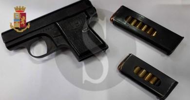 Cronaca. Armi e munizioni in casa, arrestato pluripregiudicato a Messina