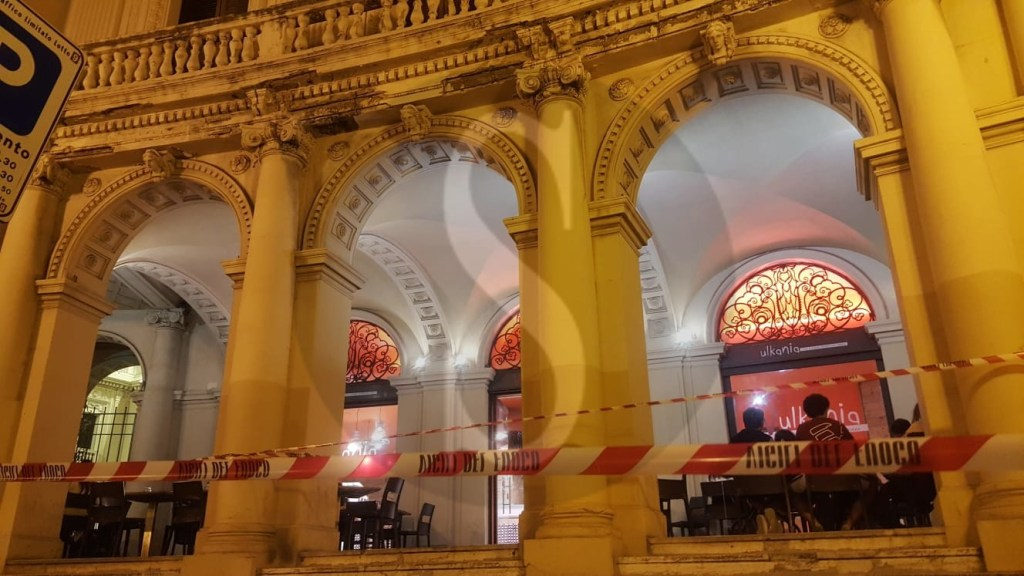 Cronaca. Messina, crollo di calcinacci alla Galleria Vittorio Emanuele