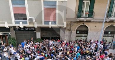 Messina, assunzioni netturbini: quasi 1000 persone in fila dall'alba per 100 posti. Salteranno delle teste al Centro per l'Impiego?