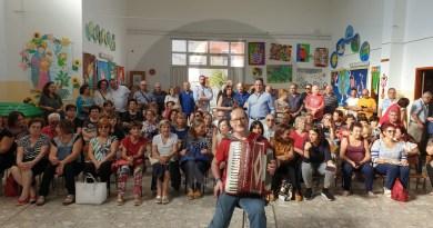 Barcellona PG, una grande festa dedicata ai nonni alla scuola Girasole di Militi