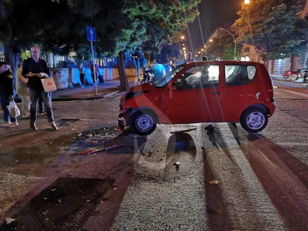 Messina, incidente auto-moto in via Ghibellina: tre le persone ferite